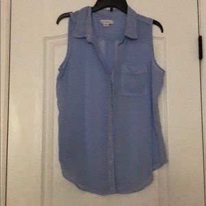 Light sleeveless button up collared blouse L